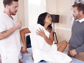 Sexy get hitched cheating with masseur