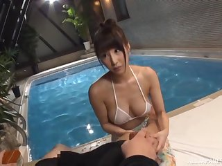 Bikini babe Ayami Shunka plays with a cock by transmitted to pool