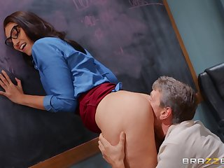 Deep anal for make an issue of tuppenny girl after she gives head
