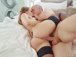 Wife screams with the potent blarney of her man drilling her fast