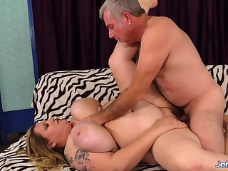Jeffs Models - BBW Winter Wolf Attracting Cock Compilation 2