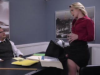 Lisey Sweet eaten out on the desk at near shocking office bang