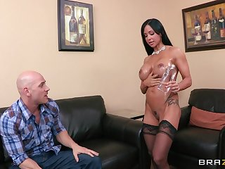 Provocative cougar Jewels Jade in stockings riding a log schlong