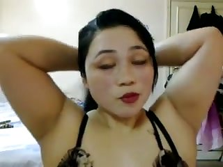 Without exception a pleasure to see this chubby Filipino woman masturbating on camera