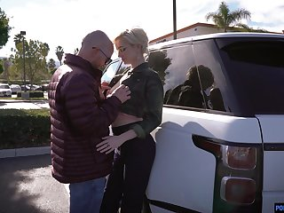 Tremendous leggy blonde Skye Blue gives a deepthroat blowjob in the car