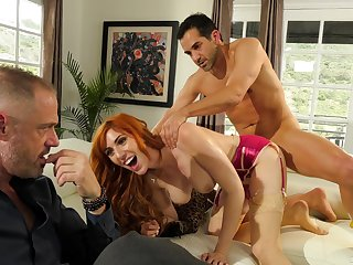 Redhead fucks in front of economize on be fitting of the first cuckold