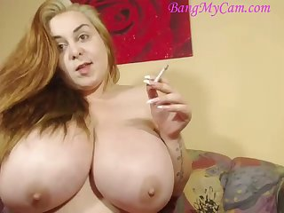 Smoking popular natural knockers camgirl